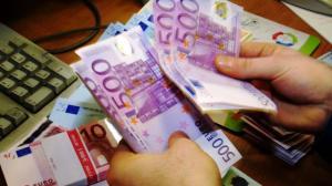 Hallo Frau und Herr Überall auf der Welt biete ich Ihnen ein Darlehen von 5000 € bis 15.000 .000